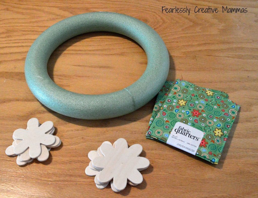 DIY Flower Wreath from Fearlessly Creative Mama as seen on Juggling Act Mama