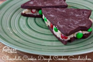 Chocolate Cookie Dough Cookie Sandwiches #sp