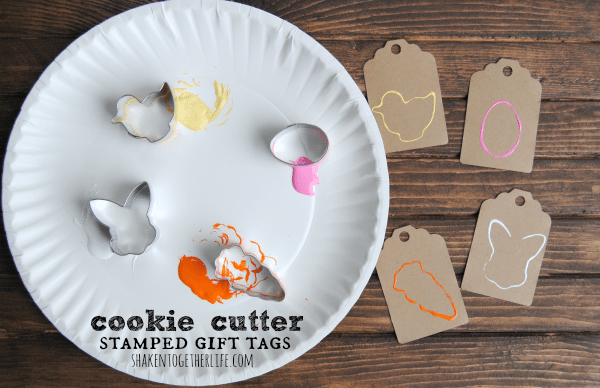 cookie-cutter-stamped-gift-tags-featured