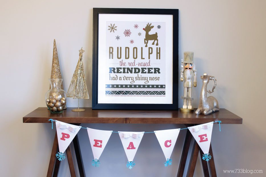 DIY Holiday Glitter Banner by Seven Thirty Three