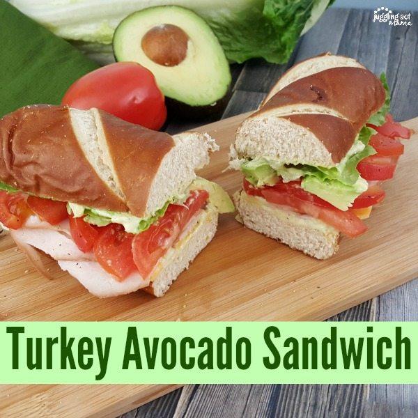 Delicious Turkey Avocado Sandwich with homemade avocado ranch dressing #sponsored #OscarMayerNatural
