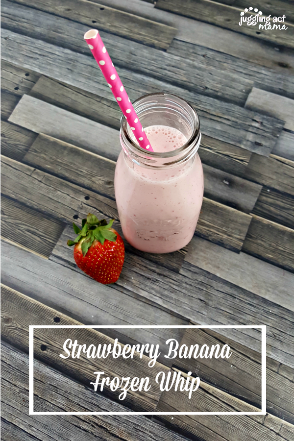 Strawberry Banana Frozen Whip #stonyfieldblogger #ad